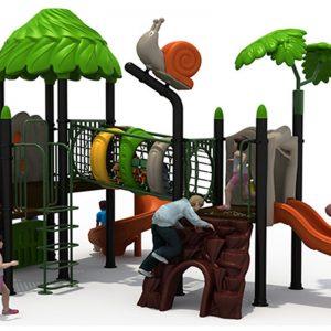 Jungle speeltuin met kruiptunnel